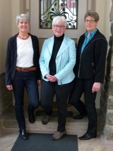 Christine Albertin (Mitte) mit Brigitte Veltzke und Katrin Breitweiser