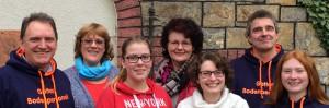 Das Konfi-Team 2016 bei der Abschlussfreizeit in Dornholzhausen. Von links Frank Boes, Manuela Klanke, Hannia Klanke, Almuth Schwichow, Dorines Dickel, Martin Klein und Sarah Gotthardt.