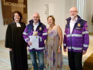 Pfrn. A. Schwichow, Wolfgang Seifert mit Ehefrau Doris sowie Pfr. H. Scheckel