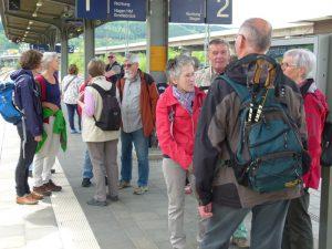Bahnhof Geisweid: Warten auf die Regionalbahn