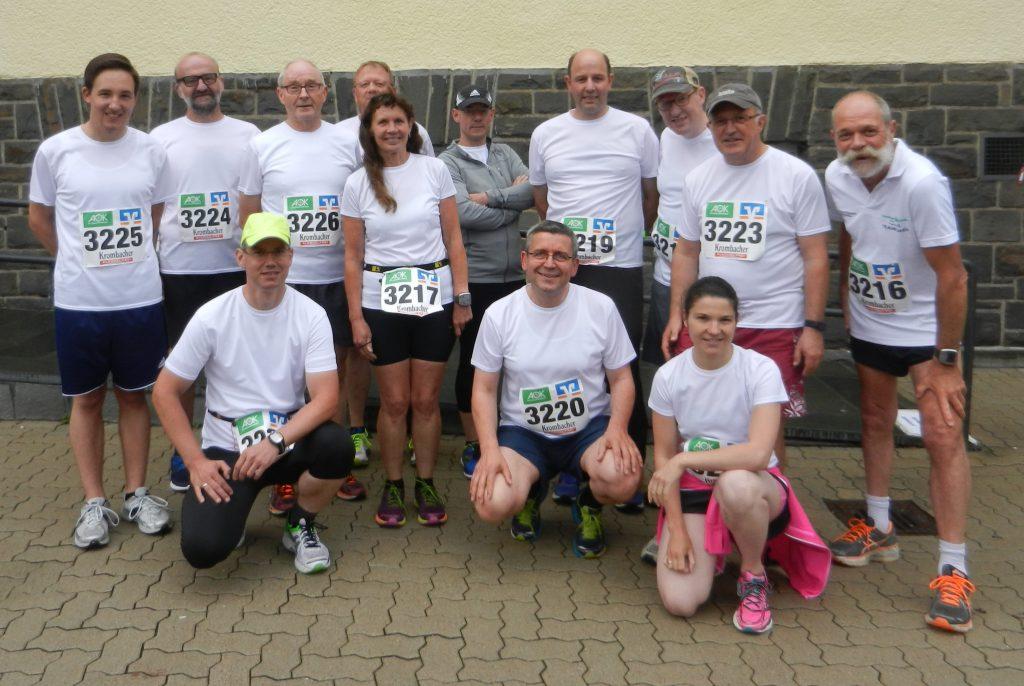 Das Bild zeigt alle Teilnehmer vor dem Start (Foto: Georg Klanke)