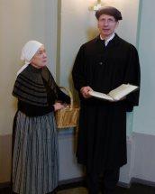 Mutter Gottlieb berichtet Martin Luther von Johann Tetzel und den Ablass-Briefen